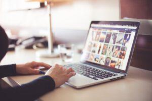 Lees meer over het artikel Wat moet je weten over domeinnamen en waarom zijn ze belangrijk?